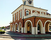 Fayetteville Martket House - Click to visit the Fayetteville Page